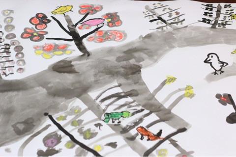 福祉施設 出張絵画クラス 水墨画の大きな梅の木 イメージ画像