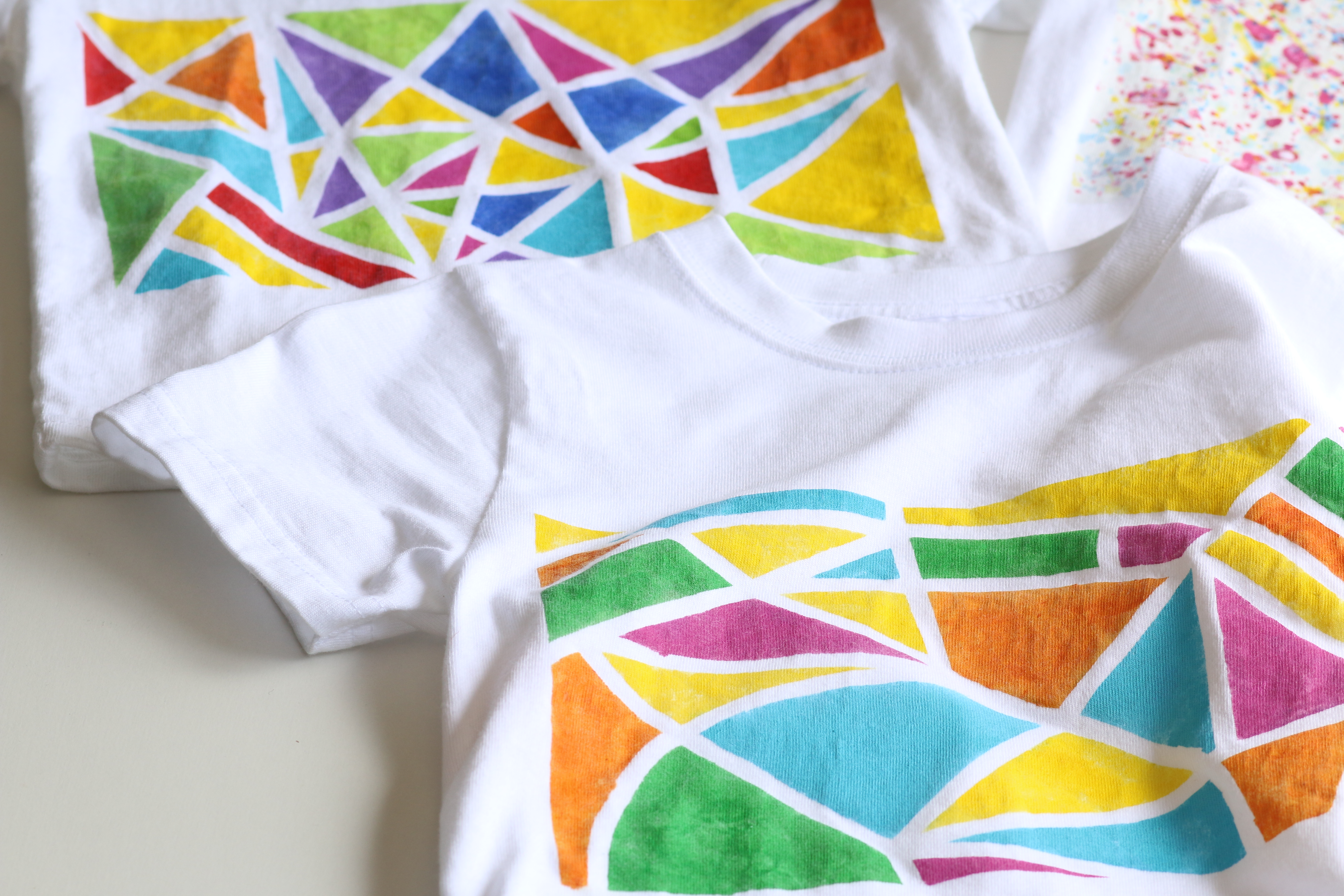 カラフルアートTシャツ ワークショップ始まります♪ イメージ画像
