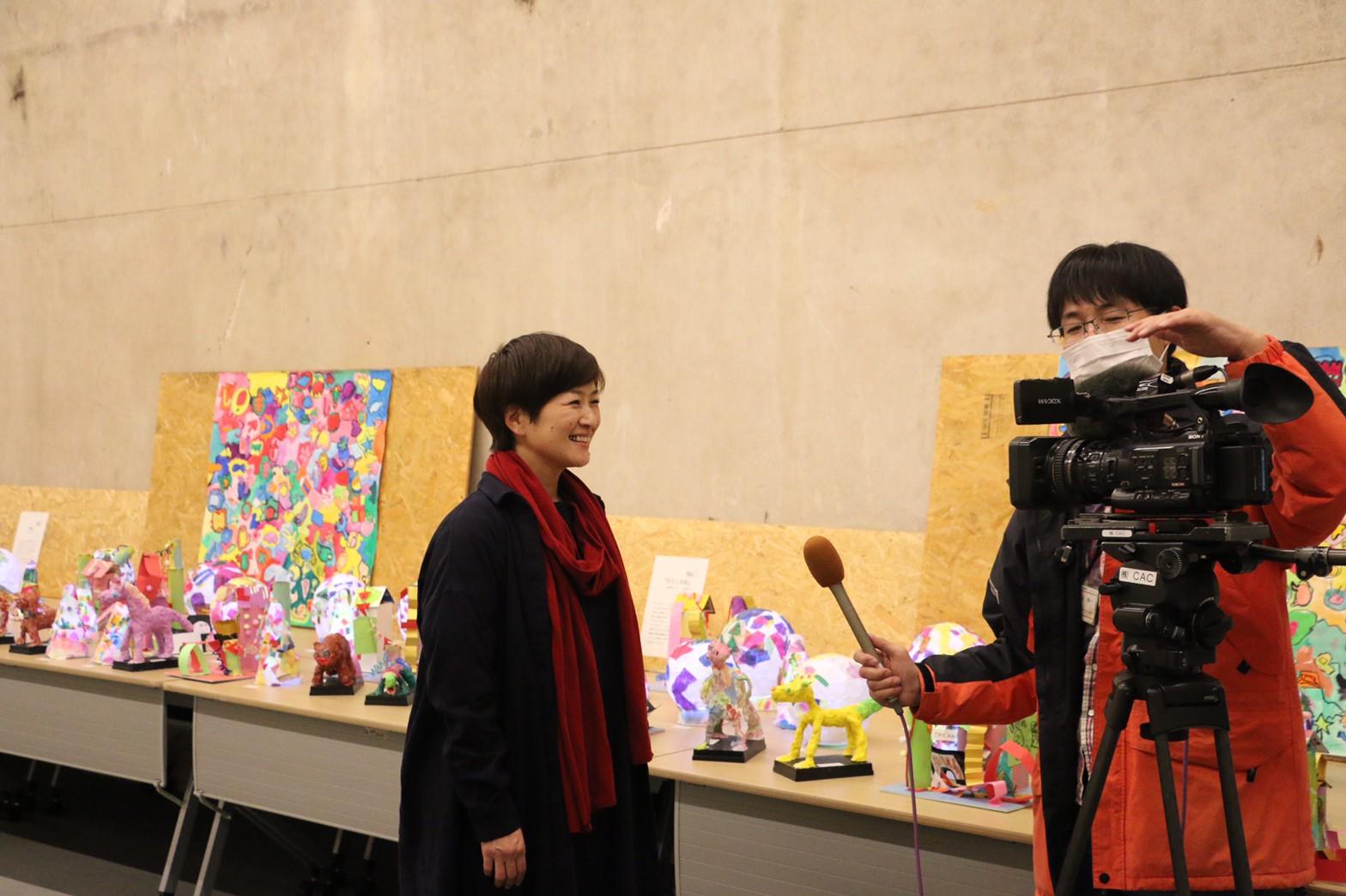 作品展の取材と放送日のお知らせ イメージ画像